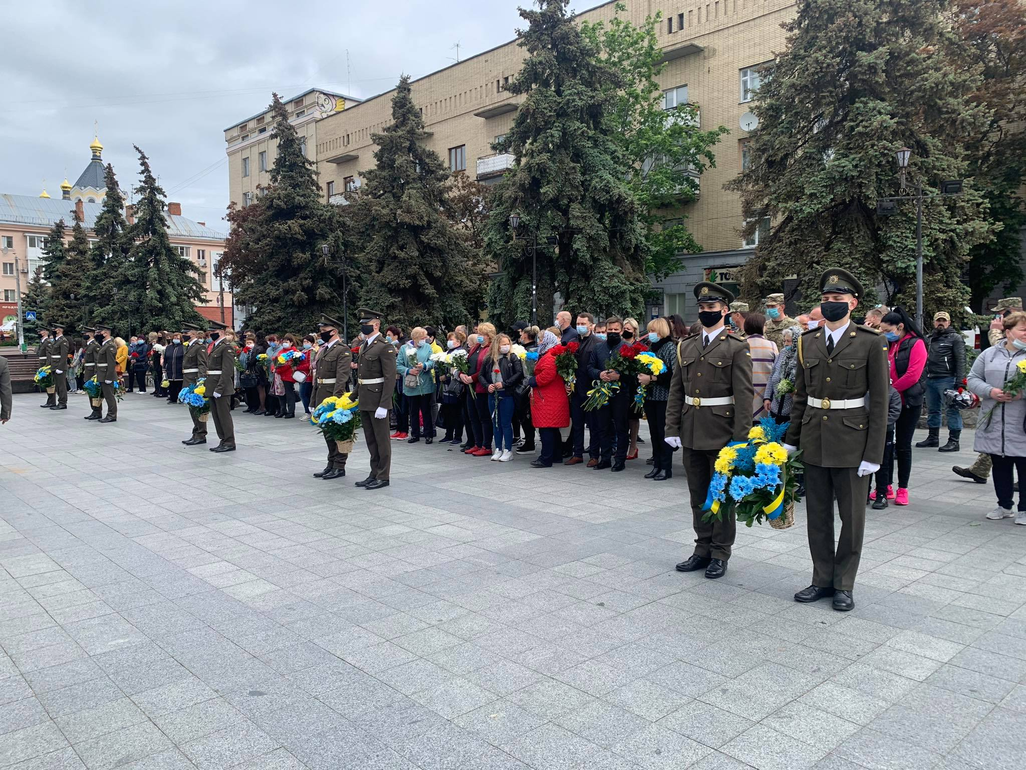 Вперше з качана карантину у Житомире провели масовий Захід - День Героїв
